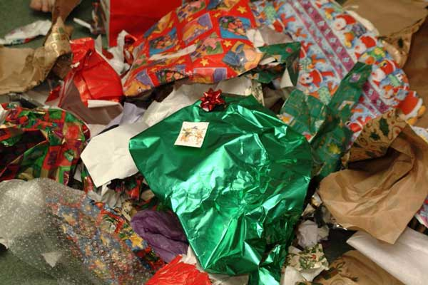 Think Twice Before Throwing Away Your Christmas Wrapping Paper